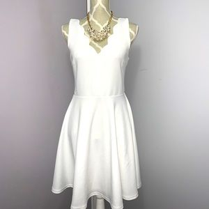 Scallop Sleeveless White Dress